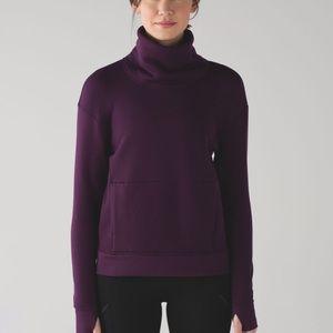 Lululemon kick the Cold funnel neck pullover sz 10